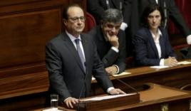 Tổng thống Francois: 'Pháp đang trong tình trạng chiến tranh'