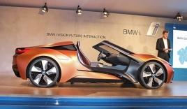 Ra mắt concept BMW i8 mui trần tự lái