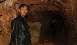 Cận cảnh bên trong 'hầm rượu' xuyên núi của Bí thư huyện Tây Giang