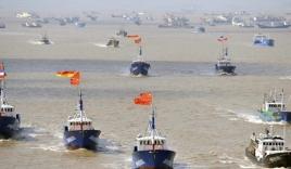Malaysia điều máy bay, chiến hạm xua tàu Trung Quốc xâm phạm lãnh hải