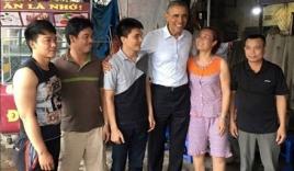 Tổng thống Obama hỏi gì chủ quán trà đá khi ghé thăm?