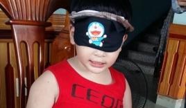 Video: Bé 7 tuổi ở Quảng Ninh đọc chữ vanh vách khi bịt kín mắt