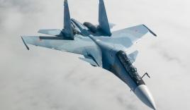 Máy bay tiêm kích Su-30 có sức mạnh khủng khiếp