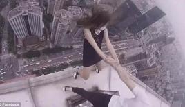 Cặp đôi 'đùa giỡn' với tử thần trên mép tòa nhà chọc trời cao nhất TQ
