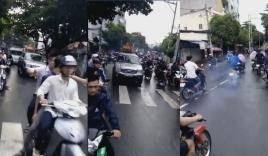 'Quái xế' đầu trần, dàn hàng đánh võng trong đám tang của 1 biker