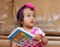 Bé gái 2 tuổi đọc tên thủ đô gần 200 nước chỉ trong 5 phút