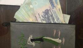 Bị truy đuổi, tên cướp vứt chiếc túi có gần 30 triệu đồng