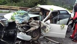 Xe rước dâu gặp tai nạn, cô dâu, chú rể nhập viện cấp cứu