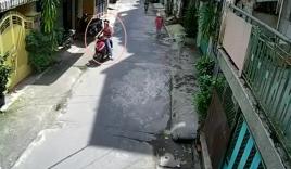 Video: Cướp táo tợn xông vào nhà nữ nghệ sĩ lấy tài sản ở Sài Gòn