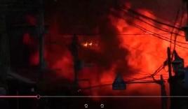 Video: Cháy nhà hàng Trung Quốc,140 tòa nhà chìm trong biển lửa