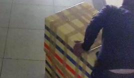 Video: Nghi phạm kéo thùng xốp chứa thi thể nữ sinh Sài Gòn đi phi tang