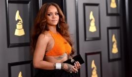 Rihanna nhận giải thưởng nhân đạo của Đại học Harvard