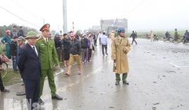 Vụ xe rước dâu bị đâm: Chủ tịch UBND tỉnh Hà Nam trực tiếp đến hiện trường