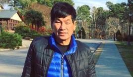 Bác sĩ gốc Việt lên tiếng sau vụ bị kéo lê khỏi máy bay Mỹ