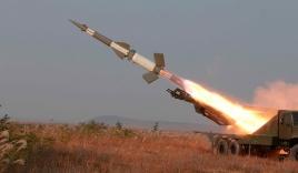 Tên lửa Triều Tiên nổ tung ngay khi rời bệ phóng giữa lúc căng thẳng