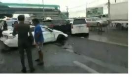 Video: Vợ điên cuồng lao ô tô vào chiếc Mercedes chồng chở bồ nhí