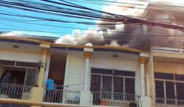 Nhà trong phố cổ Hội An bất ngờ phát hỏa