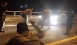 Tài xế kể về giây phút bị nhóm thanh niên chặn xe xin tiền trên cao tốc