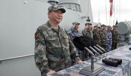 Tập Cận Bình thị sát hải quân diễu binh ở Biển Đông