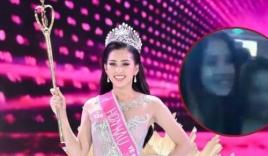 Lộ clip Hoa hậu Tiểu Vy mặc gợi cảm quẩy trên bar năm 16 tuổi
