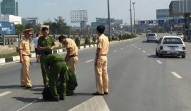 Đại úy CSGT lái ô tô gây tai nạn khiến 2 người tử vong tại chỗ