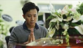 Trấn Thành lặng lẽ tới viếng đám tang nghệ sĩ Lê Bình trong đêm