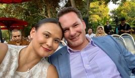 Chụp ảnh bên vợ đại gia, chồng cũ Hồng Nhung lộ thân hình phát tướng