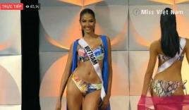 Nhiều thí sinh Miss Universe 2019 bị té ngã khi trình diễn bikini