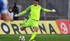 Filip Nguyễn nhận danh hiệu Thủ môn hay nhất giải VĐQG Cộng hòa Séc