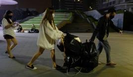 Người Hà Nội đổ xô đi tích trữ lương thực lúc nửa đêm