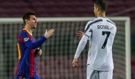 Huyền thoại chỉ mặt tội đồ khiến M.U bị loại, Ronaldo nói lời ngỡ ngàng về Messi
