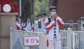 2 học sinh Trung Quốc tử vong khi đeo khẩu trang chạy thể dục