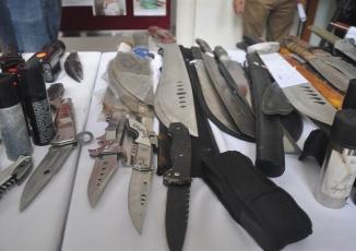 Cận cảnh kho vũ khí giang hồ do lực lượng 141 tịch thu