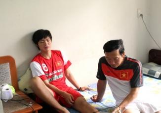 Các cầu thủ U19 Việt Nam phải điều trị cộng hưởng từ cắt lớp