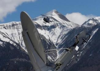 Tình tiết sốc: Cơ phó cố ý để máy bay rơi tại Pháp