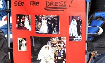 Tin liên quan Lộ diện váy cưới được mong đợi nhất thế giới