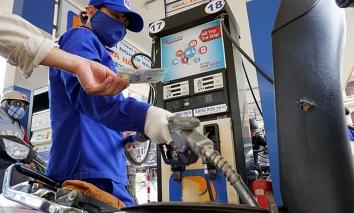 Tin tức giá xăng dầu mới nhất hôm nay ngày 8/3: Bật đà tăng mạnh