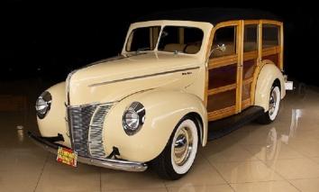 Chiếc xe quý tộc của Ford sản xuất năm 1940 có gì mà giá hơn trăm ngàn đô
