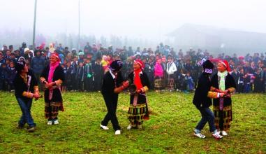 Tết Nguyên đán 2017: Phong tục 'tết nhảy' của người Dao đỏ