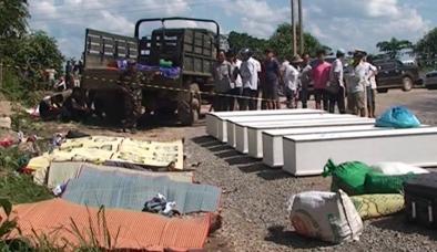 Video: Đưa thi thể nạn nhân vụ tai nạn nổ xe khách về quê nhà