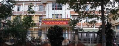 Nữ thư kí tòa án bị tố tát người đại diện ngay tại tòa ở Đắk Lắk