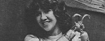 Đêm kinh hoàng của thiếu nữ 15 tuổi, bị cưỡng bức, chặt tay rồi vứt bên đường, cuối cùng lại bị hung thủ kiện ngược