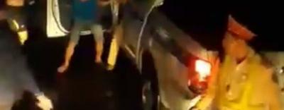 CSGT Bình Định nói gì về clip đánh nhau với tài xế xe tải?