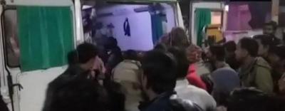 Ấn Độ: Xe tải lao trúng đám cưới, 13 người thiệt mạng