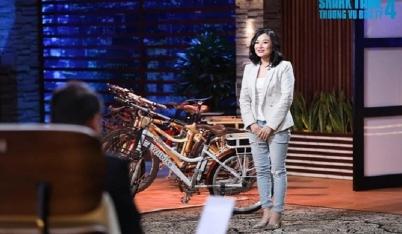 Nữ CEO xinh đẹp rơi nước mắt khi bị 3 'cá mập' lắc đầu, Shark Phú liền chốt deal là vì em