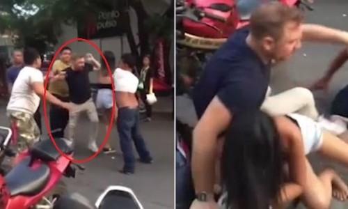 Khách bị đánh hội đồng giữa phố vì cặp kè gái đã có chồng