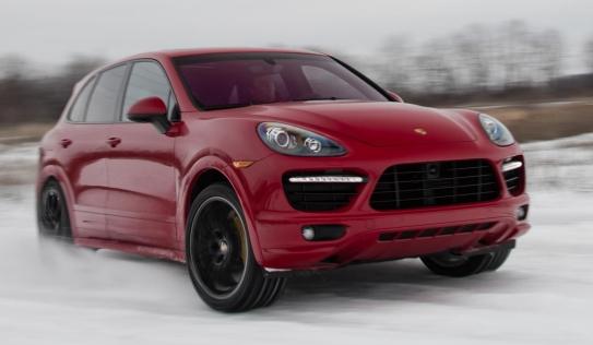 Porsche Cayenne mới : nhẹ hơn, mạnh hơn, sang hơn