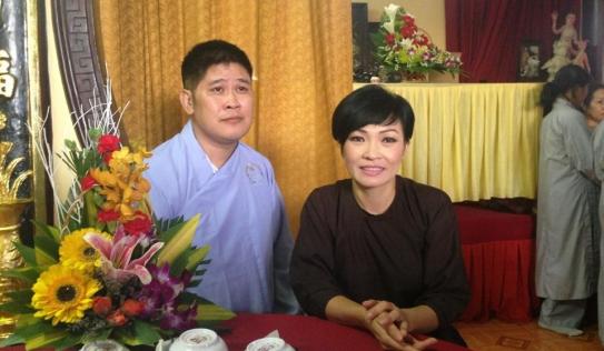 Phước Sang 'trốn' lên chùa cùng Phương Thanh sau biến cố nợ nần