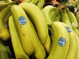 Truy tố 3 người đàn ông vì tội ăn cắp 2 trái chuối