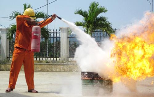 Clip: Hướng dẫn sử dụng phương tiện chữa cháy tại chỗ